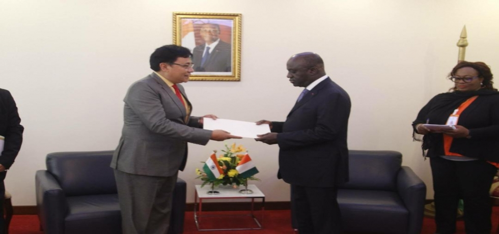Ambassador of India, His Excellency Sailas Thangal presenting a copy of his credential letter to the Minister of Foreign Affairs of Côte d'Ivoire